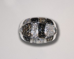 John Wallick Jewelers: White Gold Diamond Ring