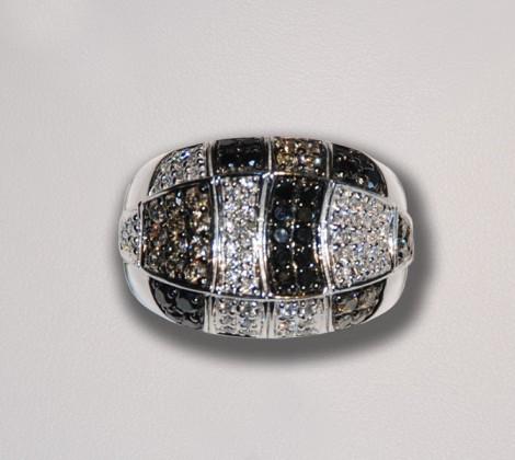 John Wallick Jewelers: White Gold Diamond Ring